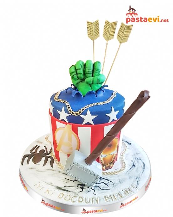 Avengers Doğum Günü Pastası