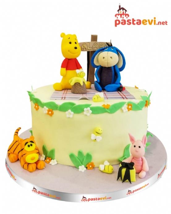 Winnie ve Sevgili Arkadaşları Pastası