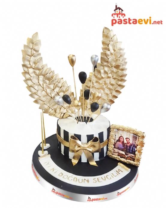 Altın Kanatlar Doğum Günü Pastası