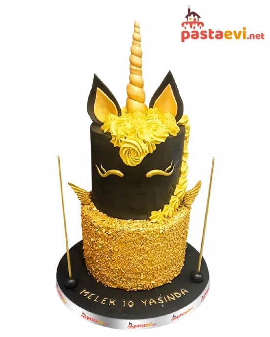 Altın Kaplamalı Unicorn Pastası