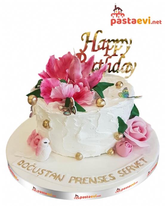 Düş Bahçesi Doğum Günü Pastası
