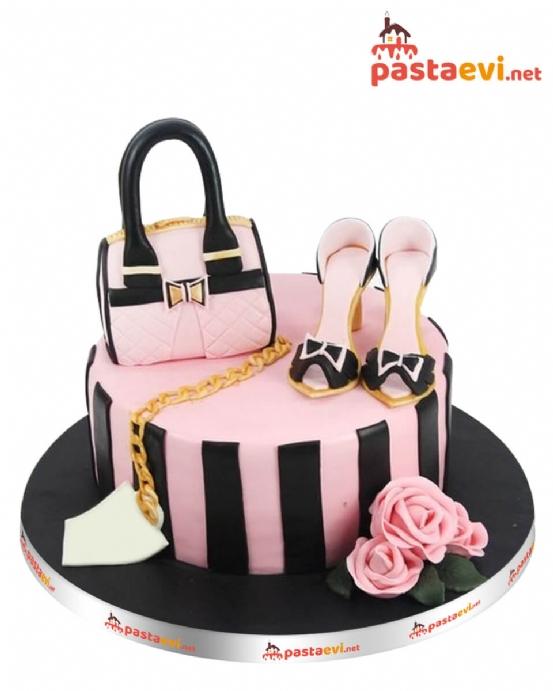 Çanta Tutkunu Kız Pastası