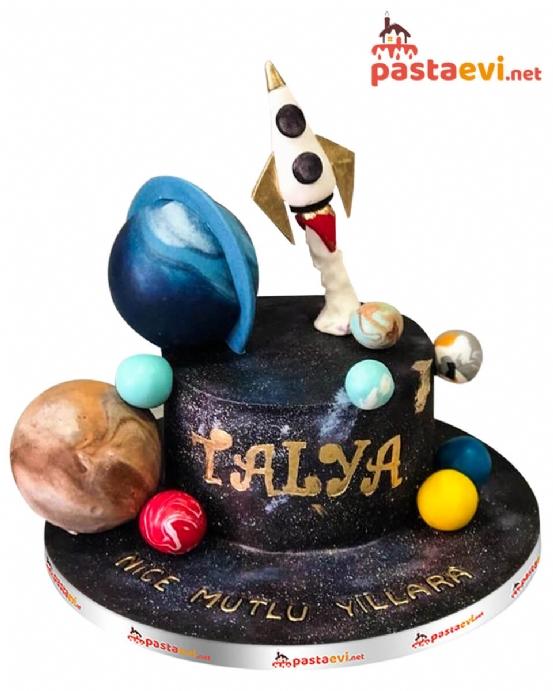 Uzay Dünyası Doğum Günü Pastası