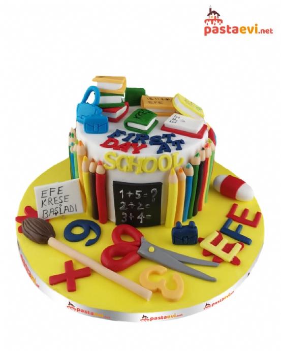 İlkokul Öğrenci Pastası