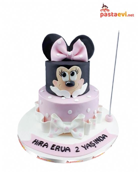 Sevimli Minnie Mouse Pastası