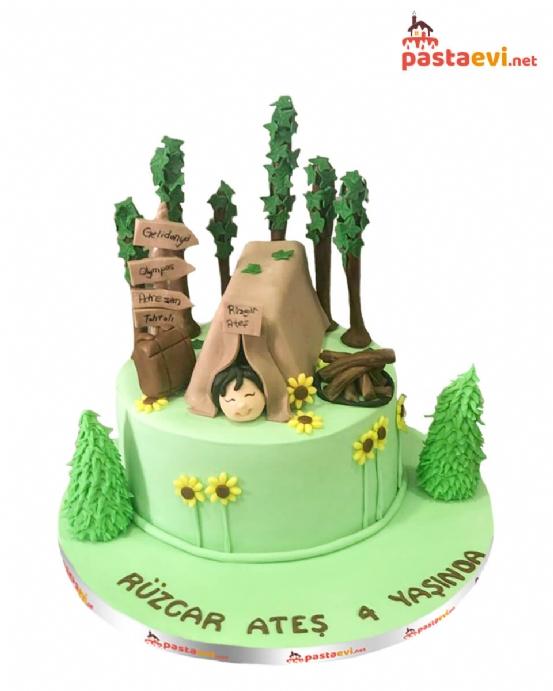 Kamp Temalı Doğum Günü Pastası