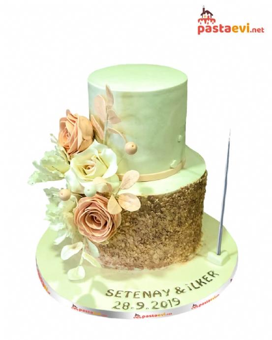 Pembe Güllü Düğün Pastası